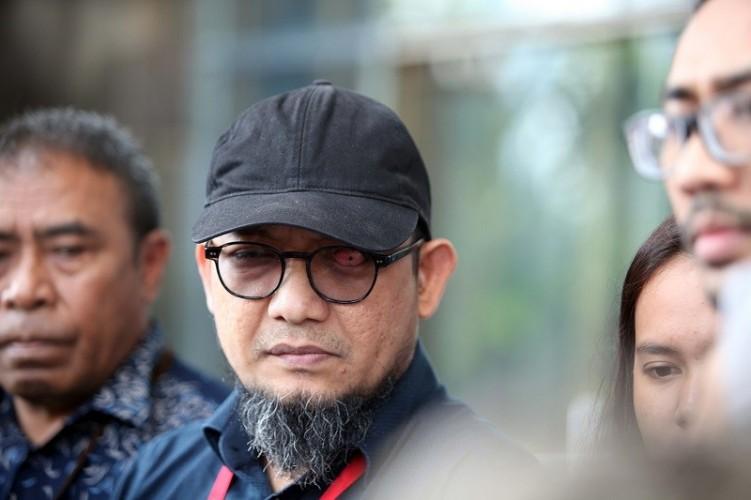 IPW: Polisi Tak Perlu Teruskan Laporan Soal Cuitan Novel