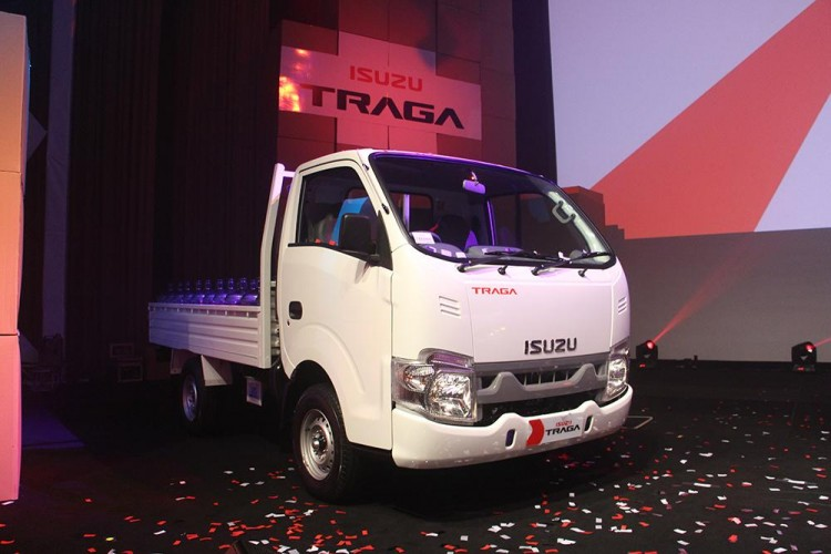 Isuzu Gelar Program Hoki 8