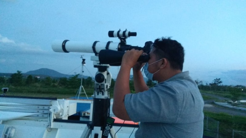 Itera Lampung Amati Terjadinya Gerhana Bulan Merah