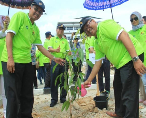 Itera Tanam 500 Pohon Dukung GN-KPA