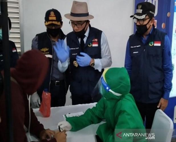 Jabar Masuki AKB Kecuali di Bogor, Depok, dan Bekasi