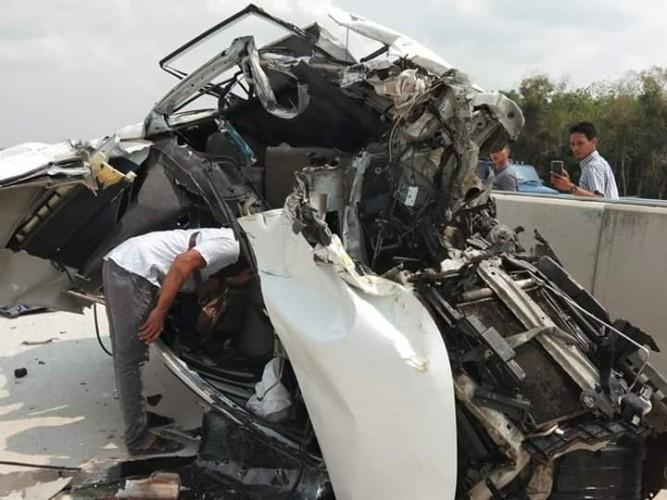 Jaksa Kejari Gunungsugih Kecelakaan di Tol
