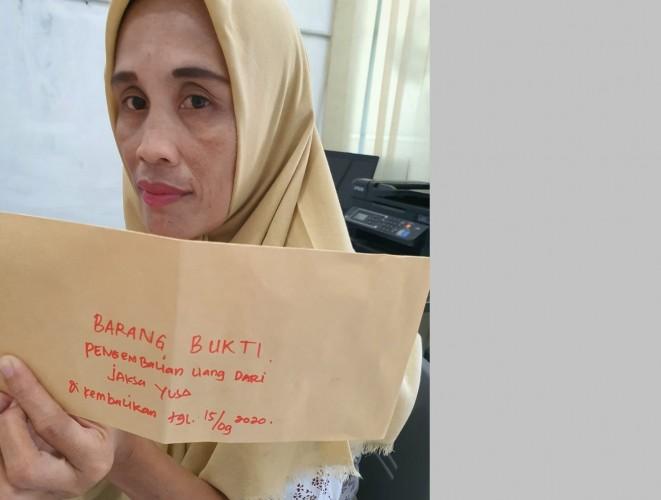 Jaksa Kembalikan Uang Pelicin ke Istri Terdakwa