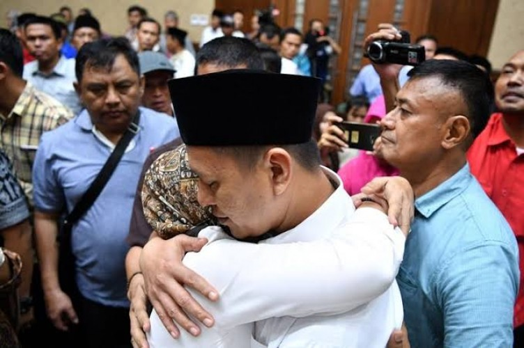 Jaksa KPK Susun Dakwaan Mustafa