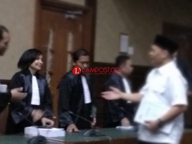 Jaksa Tuntut Mustafa 4,5 Tahun Penjara