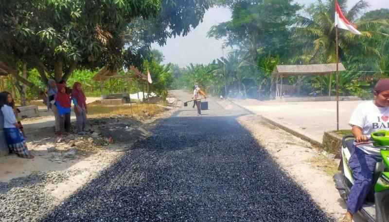 Jalan Dusun Karangsari Ditingkatkan Menjadi Lapen