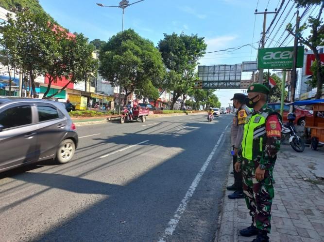 Jalan Utama Kota Bandar Lampung Dijaga Ketat Sambut Kedatangan Presiden