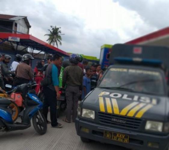Jambret Babak Belur Dihajar Massa di Jalan Ratu Dibalau