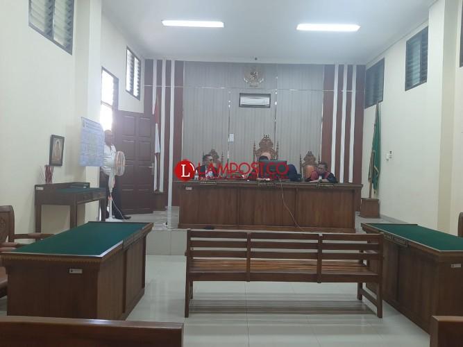 Janjikan Proyek Fiktif, Oknum PNS Dishub Lamsel Divonis 2 Tahun Penjara