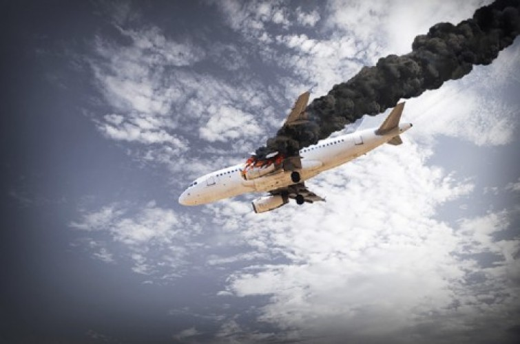 Pesawat Jatuh Dekat Supermarket AS, Lima Orang Tewas