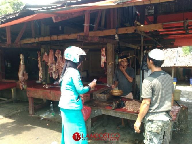 Jelang Puasa, Harga Daging Sapi di Lampura Naik Rp10 Ribu