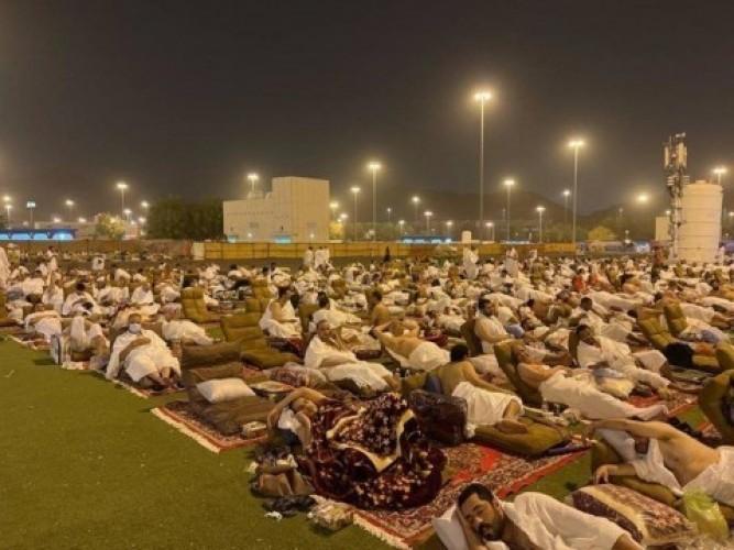 Jemaah Haji Sampai ke Muzdalifah Usai Rangkaian Haji di Arafah