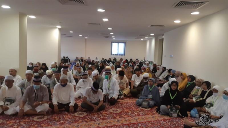 Jemaah Kloter 26 JKG Laksanakan Manasik di Mekkah