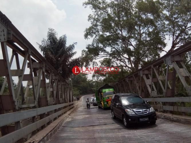 Jembatan Way Umpu Diperbaiki, Jalinteng Way Kanan Ditutup Jumat Besok