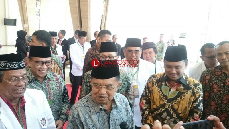 JK Prihatin Ditangkapnya Bupati Lampung Selatan