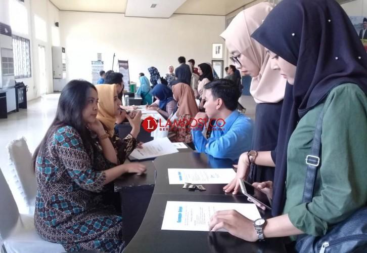 Job Fair UIN Raden Intan Dipenuhi Pelamar Kerja
