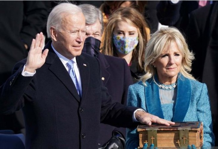 Joe Biden Resmi Dilantik Jadi Presiden Amerika Serikat