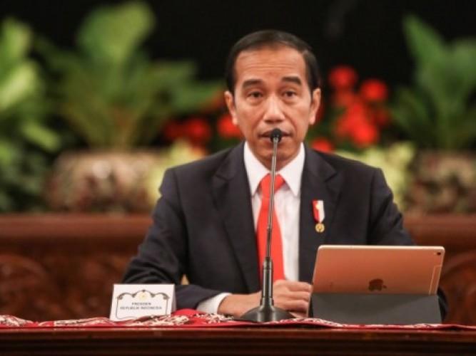 Jokowi Bantah Hoaks UU Cipta Kerja Hapus UMP Hingga Cuti