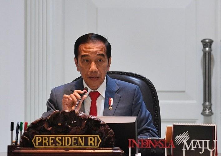 Jokowi Janji Tidak Lindungi Menteri Korupsi