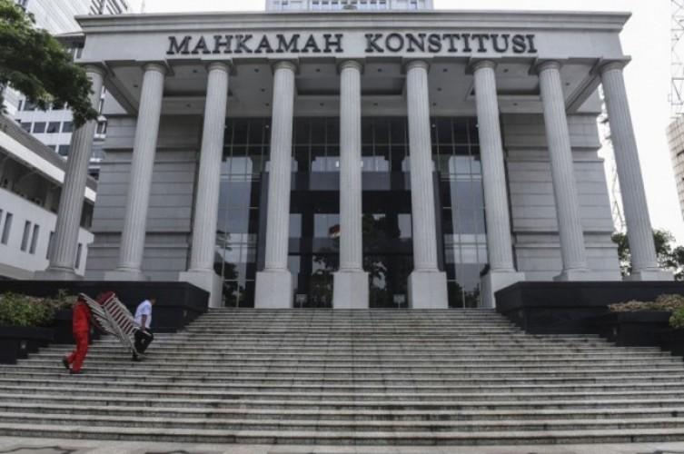 Jokowi Kantongi Tiga Nama Calon Hakim MK