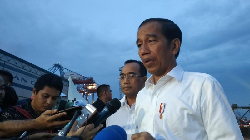 Jokowi Libatkan KPK Pelototi Distribusi Bansos