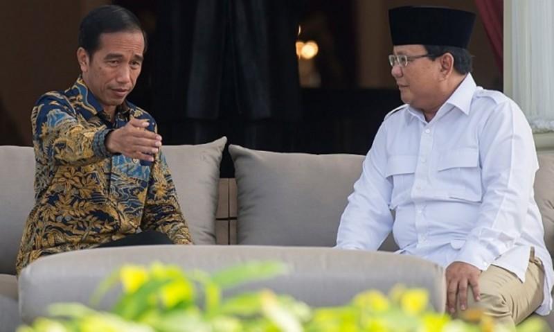 Jokowi Sentil Prabowo Soal Belanja ke Luar Negeri