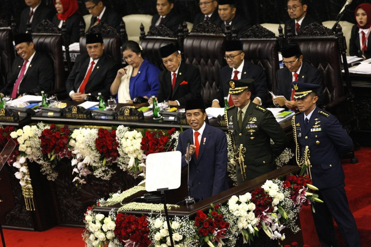 Jokowi Targetkan Pengangguran Nol Persen pada 2045