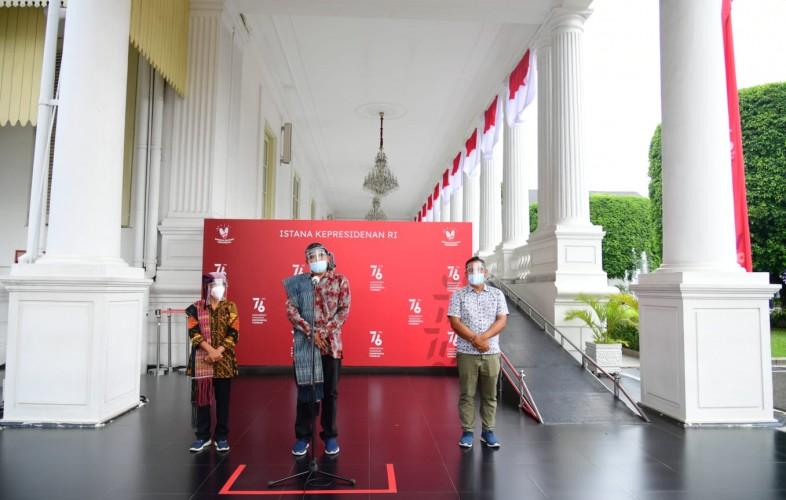 Jokowi Terima Aktivis Lingkungan Togu Simorangkir di Istana