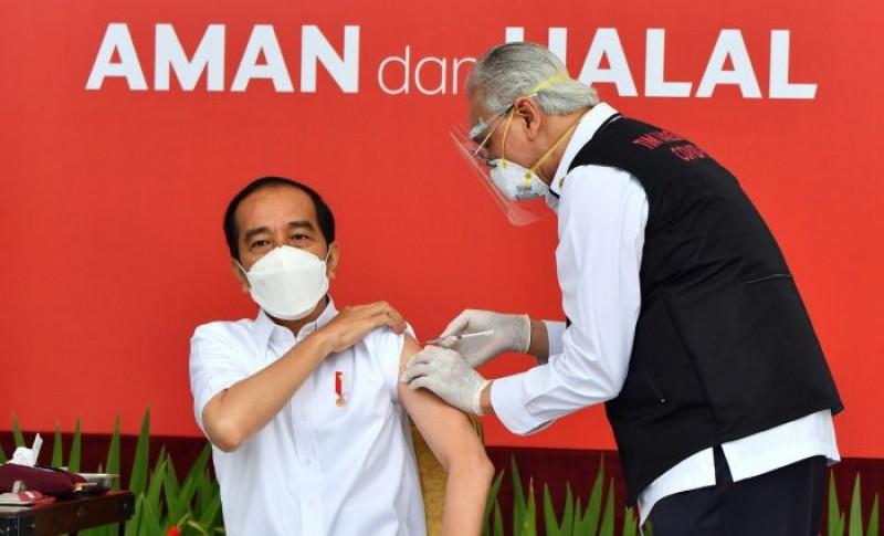 Jokowi: Vaksinasi Jadi Titik Balik Pandemi