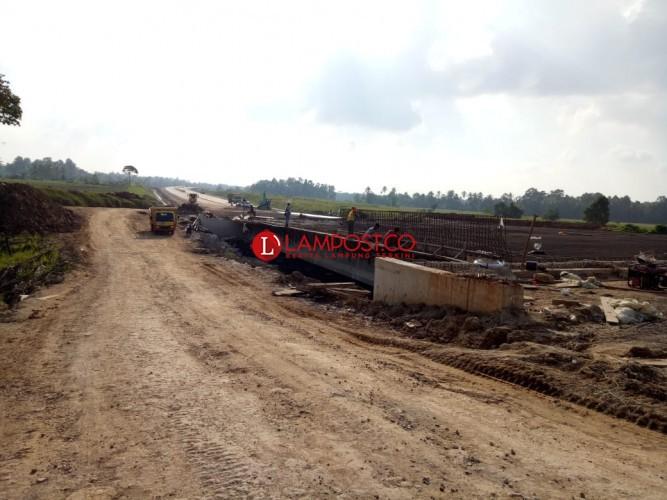 JTTS Ruas Bakauheni-Sidomulyo Belum Siap Fungsional Sebagai Jalur Mudik