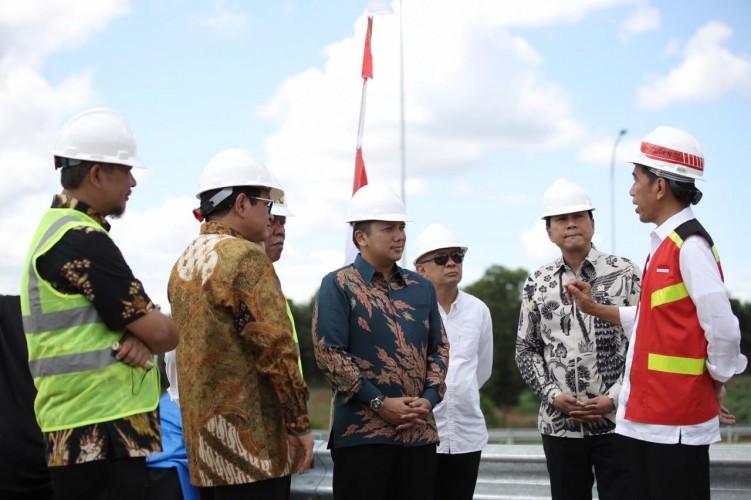 Jokowi Ingin Pertumbuhan Ekonomi Lampung Segera Meningkat