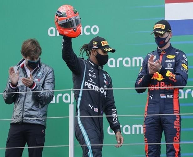 JuaraGP Eifel, Lewis Hamilton Samai Rekor Schumacher