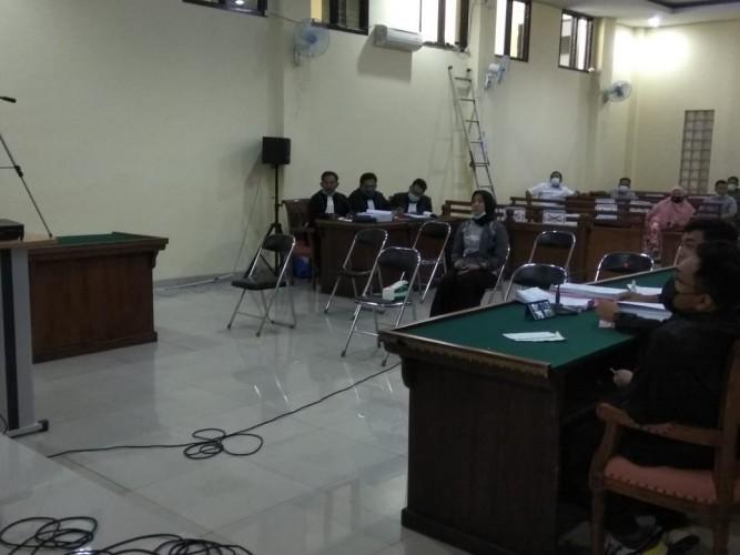 Kadinkes Lampura Dibantarkan, Sidang Korupsi BOK Puskesmas Kembali Ditunda