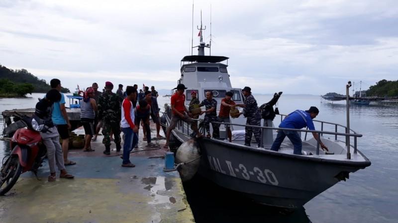 Kal Pohawang II-3-30 Evakuasi Korban Bencana di Pulau Legendi