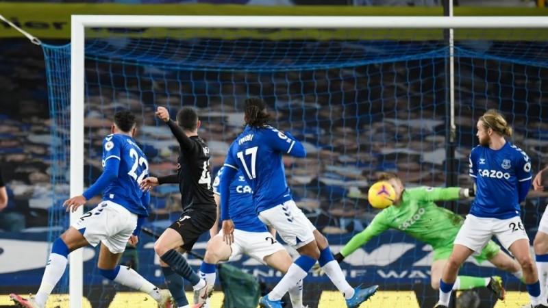 Kalahkan Everton, City Kian Nyaman di Puncak Klasemen