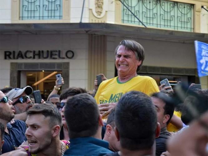 Kandidat Presiden Brasil Ditusuk Saat Kampanye