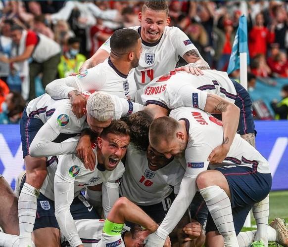 Kane Bawa Inggris ke Final Euro 2020