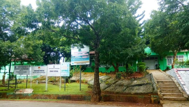 Kantor Dinas di Lamsel Didapati Tutup Meski Hari Kerja