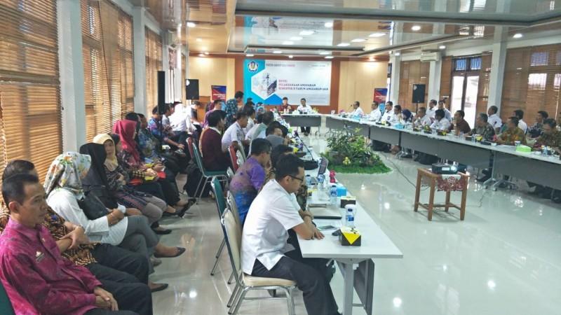 Kanwil DJPb Lampung Ulas Pelaksanaan Anggaran Semester II 2018