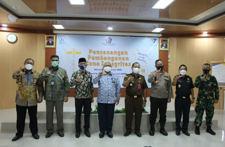 Kanwil Perbendaharaan Lampung Canangkan Zona Integritas