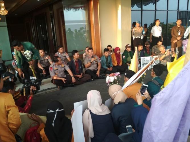 Kapolda Lampung Paparkan Penanganan Kasus Demonstran Tewas