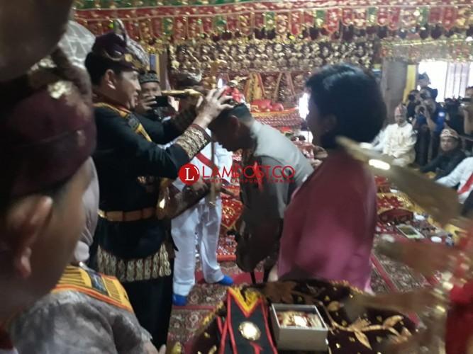 Kapolda Lampung Resmi Jadi Kerabat Kerajaan Sekala Bekhak