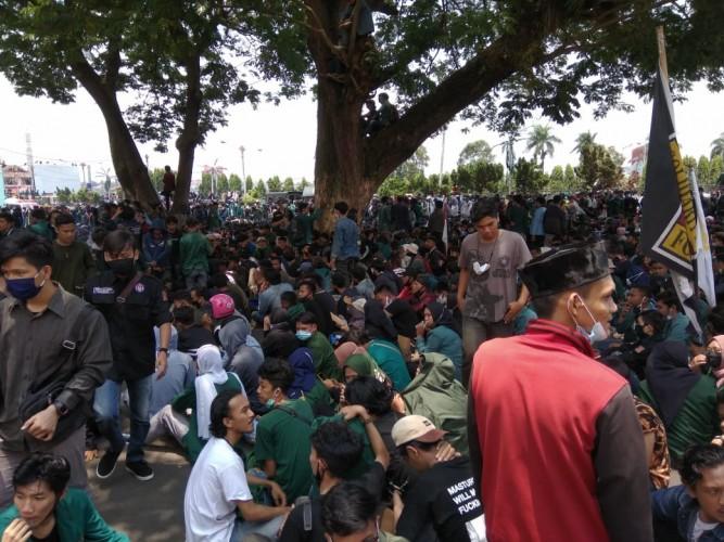 Kapolda Pantau Aksi diKantor DPRD Lampung