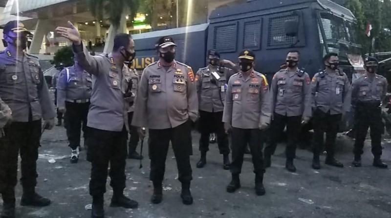 Kapolda Turun Tangan Amankan Aksi Demo di Gedung DPRD Lampung