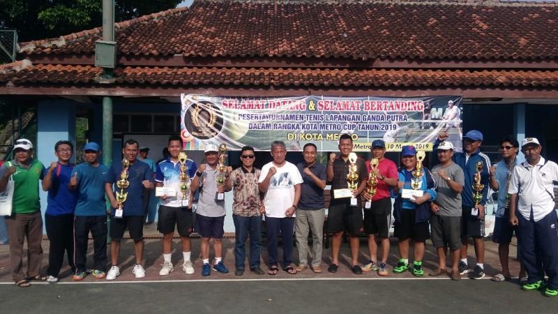 Kapolres Juarai Turnamen Tenis Kota Metro Cup 2019