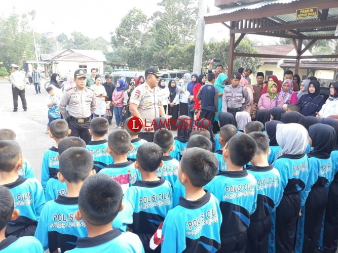 Kapolres Lampung Barat Lepas 41 Polisi Cilik