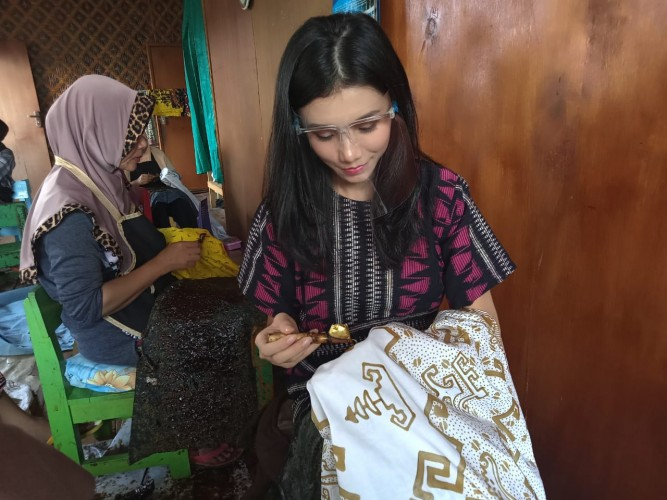 Karen, Kartini Milenial Pecinta Budaya Lampung