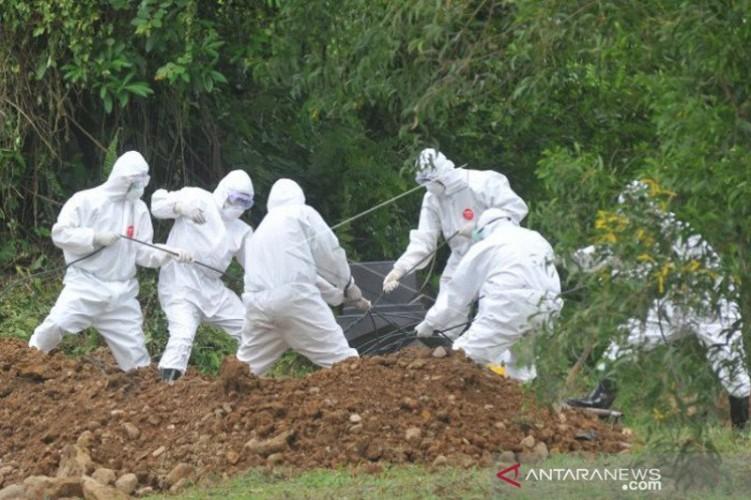 Kasus Kematian Akibat Covid-19 di Surabaya Mayoritas Disertai Komorbid