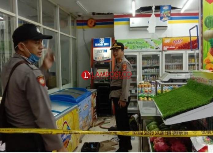 Kawanan Penjahat Bobol ATM di Minimarket Katibung