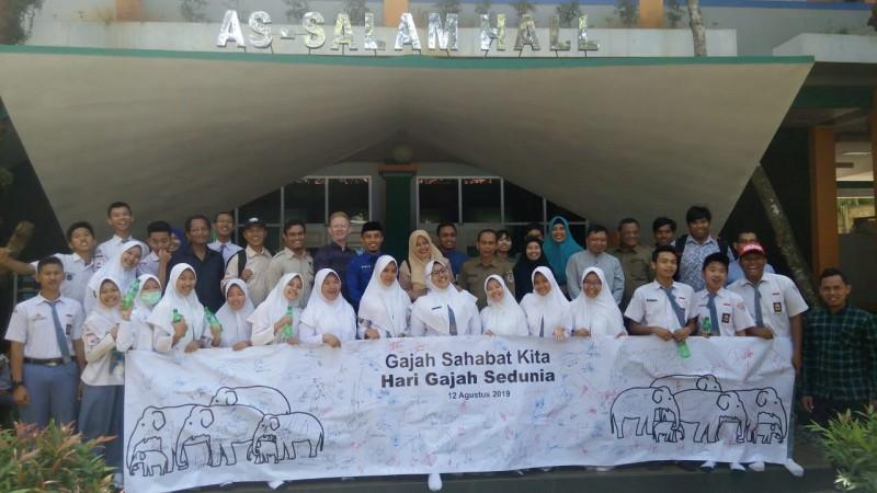 Kearifan Lokal Gajah Menginspirasi Sekolah Global Madani